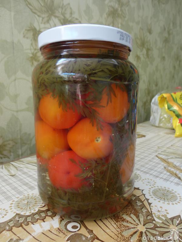 Рецепт Маринованные помидоры с морковной ботвой фото