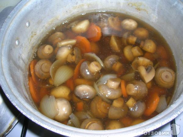 Маринованные грибы по-домашнему фото