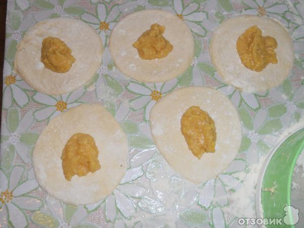 """Гороховые пирожки """"От бабушки"""" – кулинарный рецепт"""