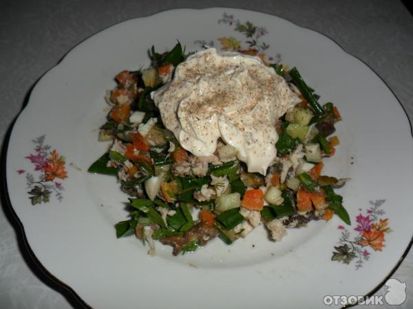 Салат обжорка рецепт с с черносливом и курицей