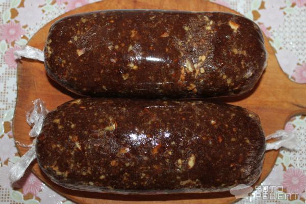 Видео как сделать шоколадную колбасу