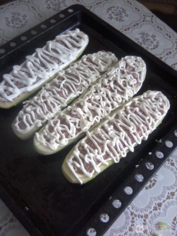 Рецепт Кабачки, фаршированные мясом и рисом фото