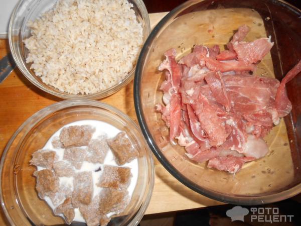 Духовые котлетки из индейки с бурым рисом