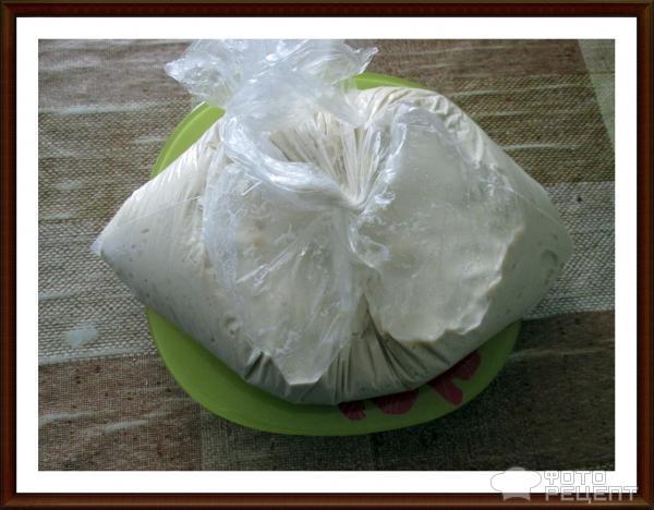 Дрожжевое тесто из холодильника фото