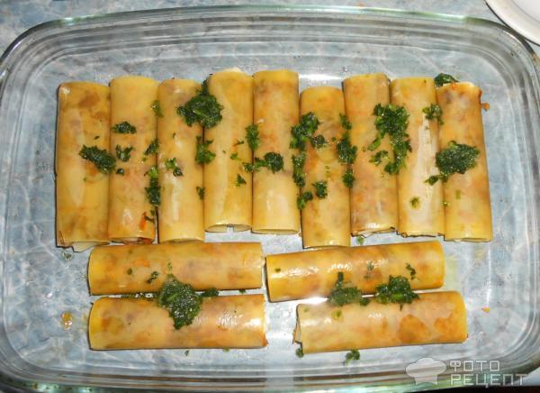 каннеллони с грибами и мясом под сырным соусом. рецепт приготовления