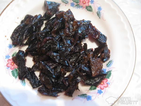 Салат С черносливом и курицей фото