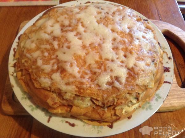 Блинный торт с грибами курицей и сыром