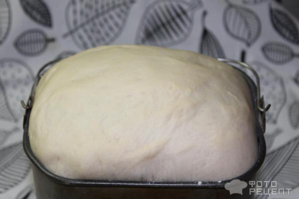 Тесто в хлебопечке фото