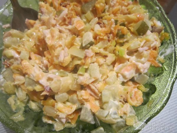 Салат обжорка с солеными огурцами рецепт с