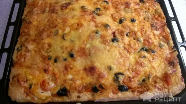 Мясная пицца из слоеного теста рецепт