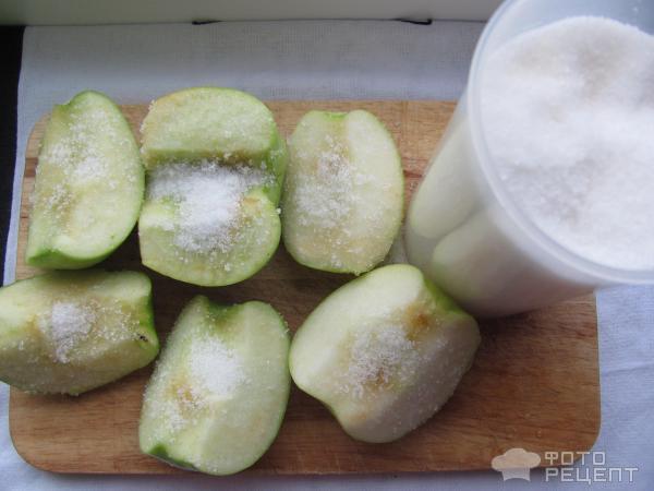 Яблоки запеченные с сахаром