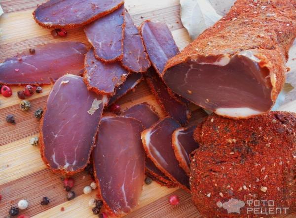 Сыровяленное мясо фото
