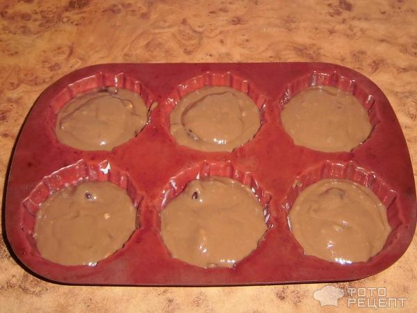 Шоколадные кексы с вишней фото