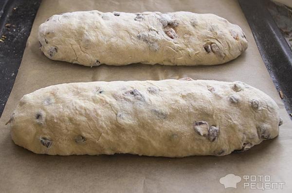Голландский пасхальный хлеб фото