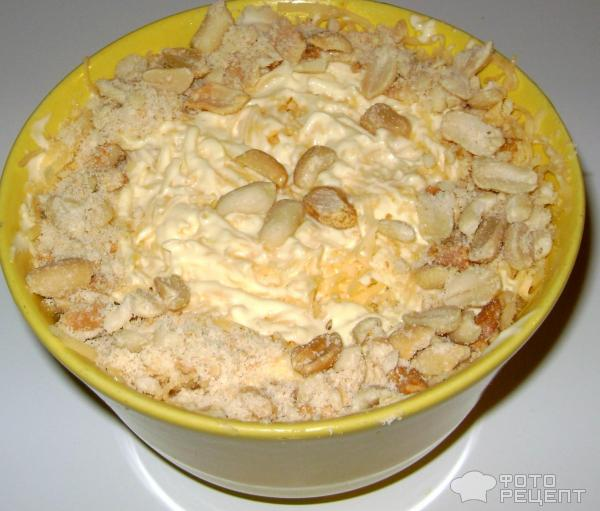 Салат слоеный с яблоками и курицей фото
