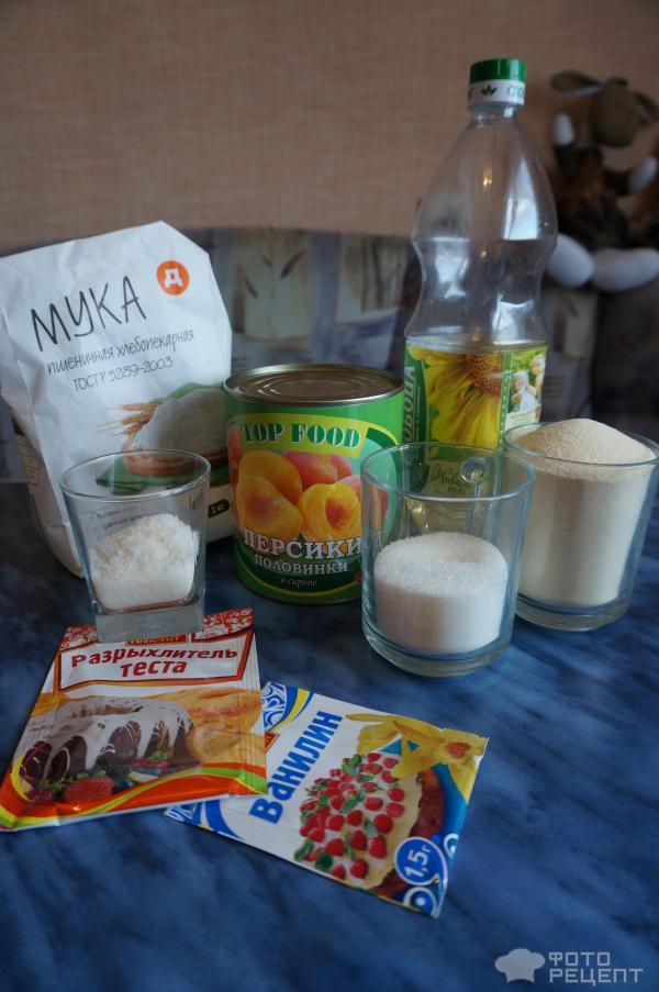 Рецепт: Манник постный - с кокосовой стружкой и консервированными фруктами