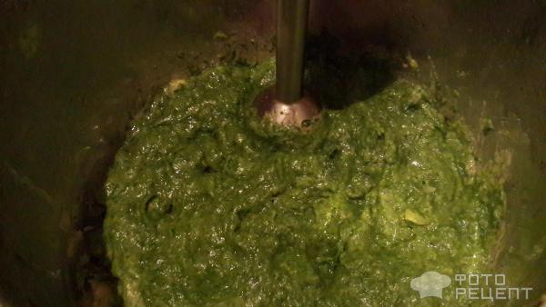 Крем-суп из шпината с креветками фото