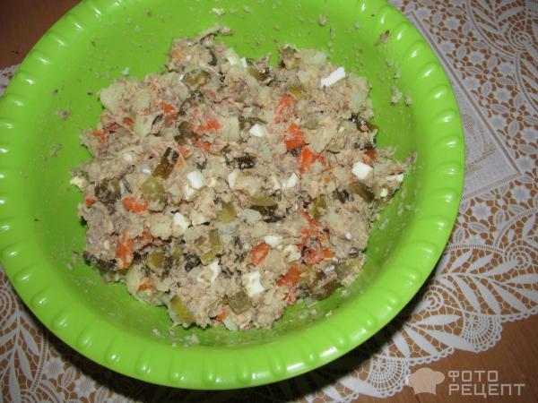 Салат с сайрой консервированной рецепт с фото