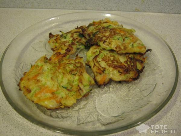 Оладьи из кабачков с луком рецепт с фото пошагово