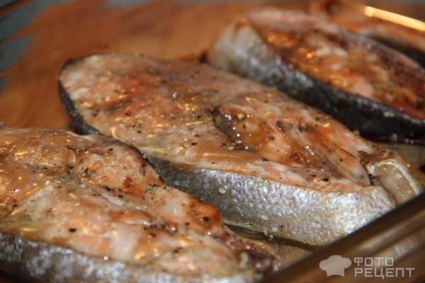Стейки семги со сметаной в духовке рецепт