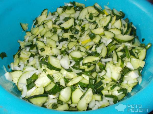 Салат из одних огурцов без лука на зиму