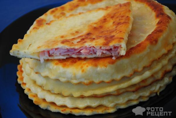 Лепешки с сыром и ветчиной рецепт с фото