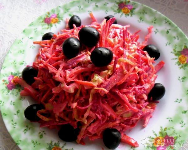 Салат с фото с колбасой