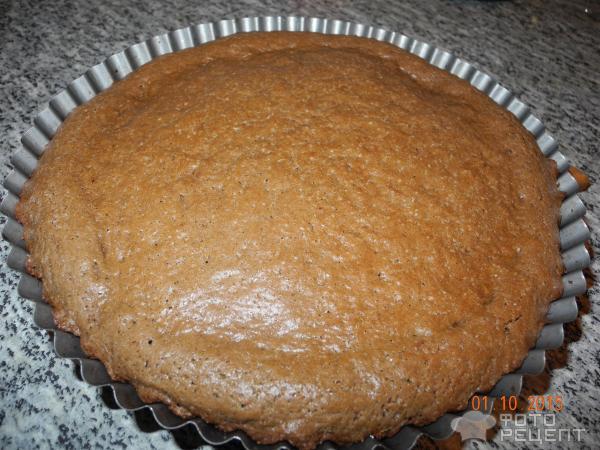 бисквитный торт с вишней и иргой