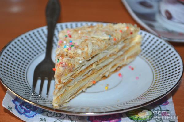 Простой и вкусный торт из готовых коржей