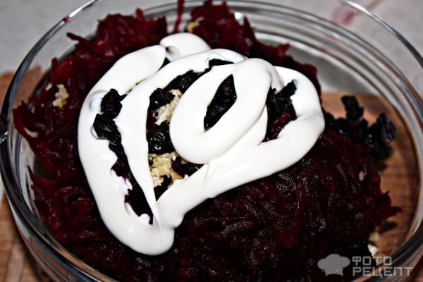 Салат из свеклы с чесноком фото