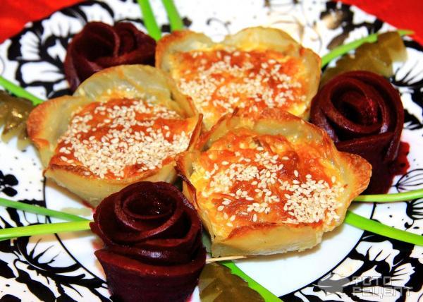 Праздничная закуска Картофельные цветы фото