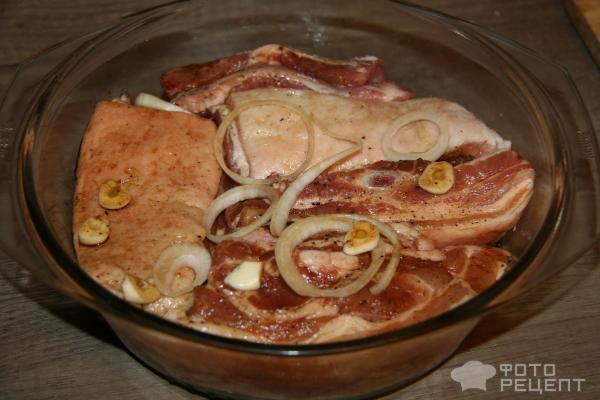 Пирожки с сосиской из готового дрожжевого теста в духовке рецепт