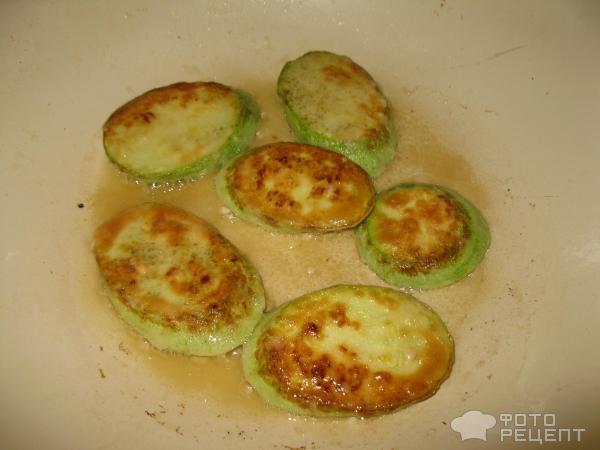 Картофель с курицей в горшочках в духовкеы