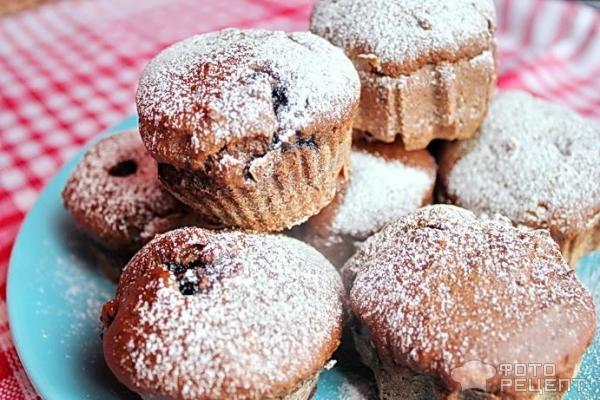 Шоколадные кексы с ягодами рецепт