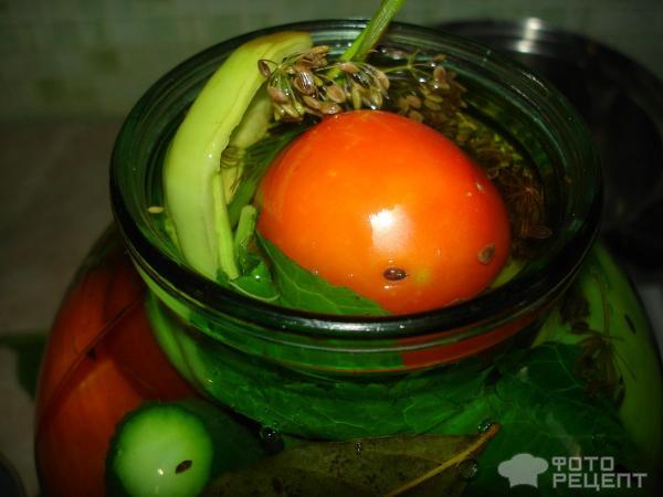 ассорти помидоры и огурцы на зиму рецепты