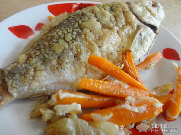 Карась с овощами в духовке рецепт с пошагово