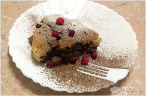 Сверху можно присыпать корицей, сахарной пудрой и украсить замороженными ягодками брусники. Приятного аппетита.