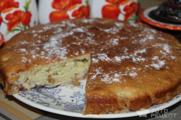 Шарлотка с яблоками рецепт со сметаной в духовке рецепт с пошагово в