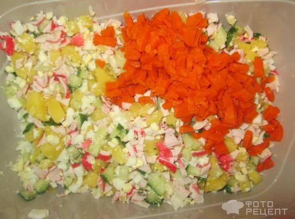 Салат на чипсах с крабовыми палочками рецепт с