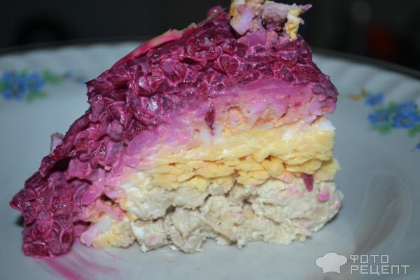 Салат со свеклой и курицей фото