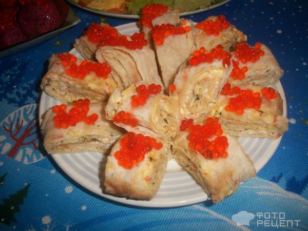Рулеты из лаваша с плавленным сыром и грибами