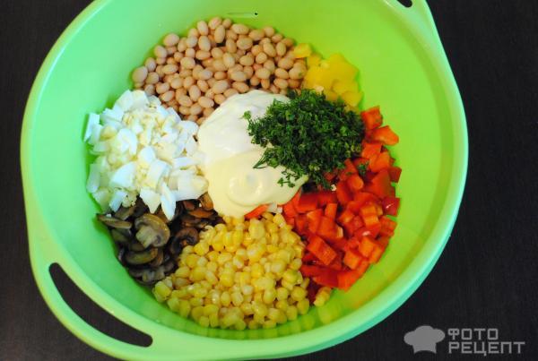 Салат с кукурузой фасолью и крабовыми палочками рецепт с