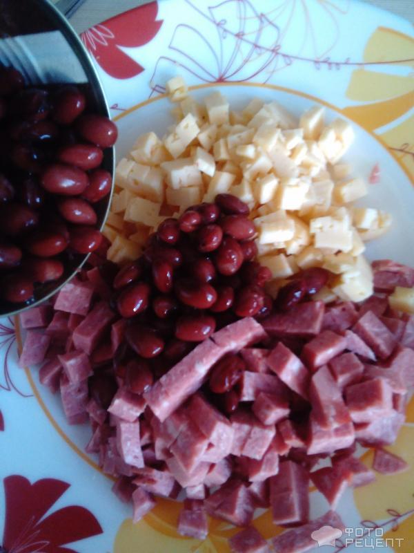 Салат домашний с колбасой рецепт с