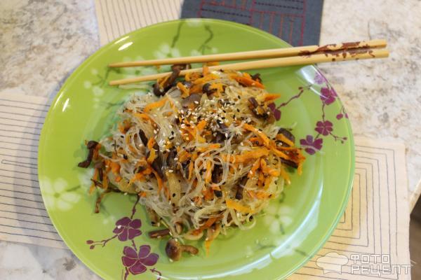 Фунчоза с морковьюы