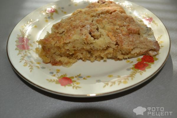 Болгарский яблочный пирог из насыпного теста с манкой фото