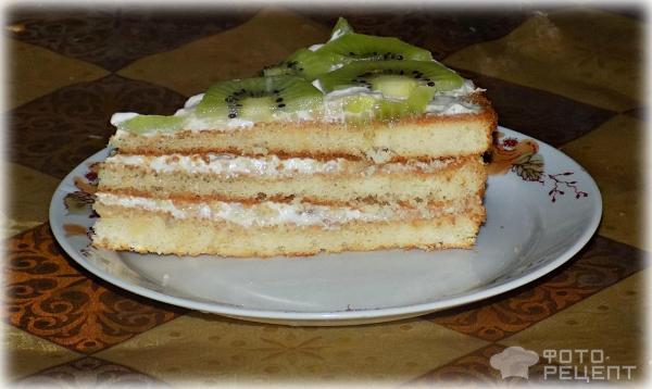 Торт из готовых коржей со сметаной