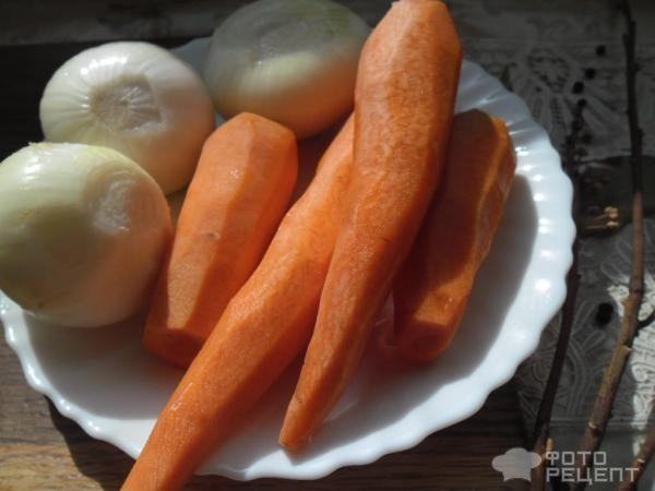 Лещ тушенный с овощами
