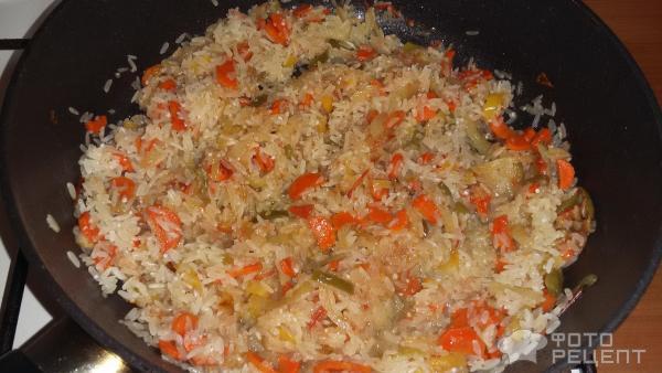 Минтай с рисом и овощами фото