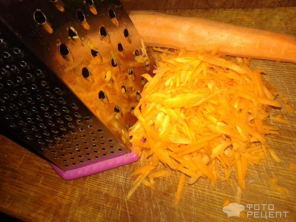 Тушеная капуста с фасолью в томатном соусе фото