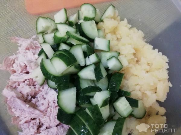 Салат сырный с грибами фото